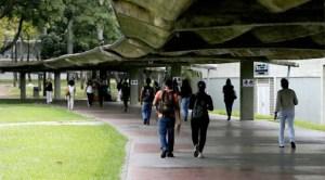 "Estudiantes rechazaron designación de Tibisay Lucena como ""ministra"" de Educación Universitaria"
